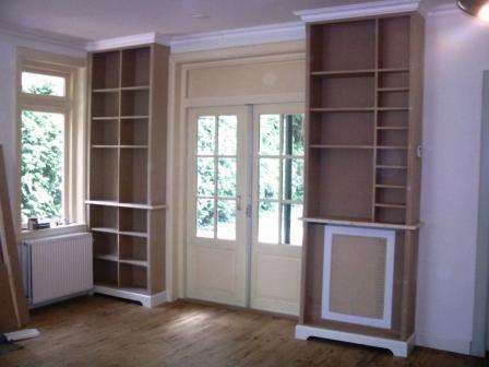 http://www.makervandingen.nl/picture_library/boekenkast3.jpg